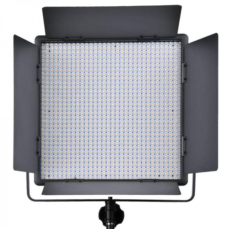 LED light GODOX LED1000C variable color